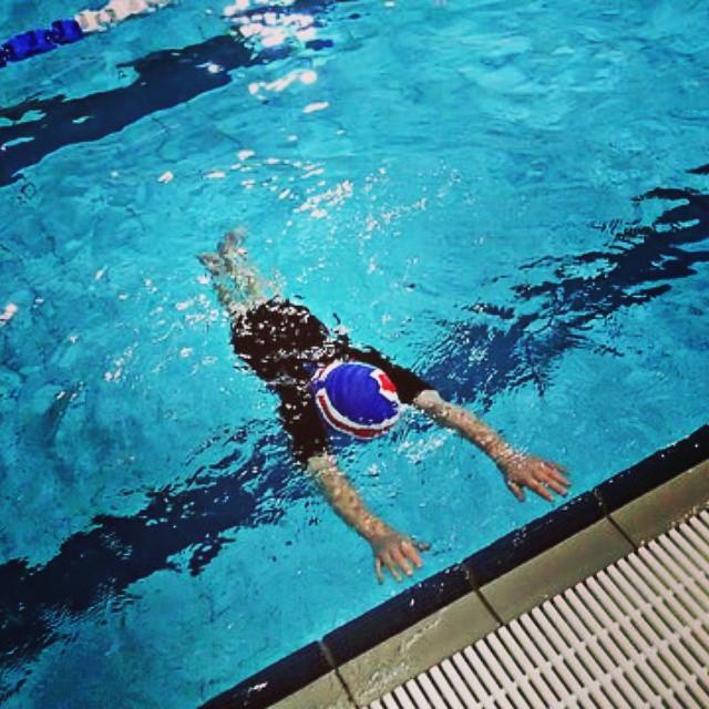 Doskonalenie pływania dla dzieci.