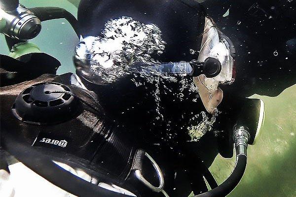 Nurkowanie w suchym skafandrze – Dry Suit Diving