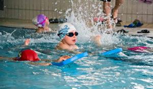 Harmonogram nauki pływania dla dzieci powyżej pięciu lat na basenie MOSiR Gdańsk Chełm