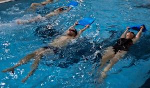 Harmonogram nauki pływania dla młodzieży i dorosłych na basenie MOSiR Gdańsk Chełm