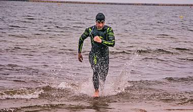 Zobacz również ofertę nauki<br /> i doskonalenia pływania w Triathlonie