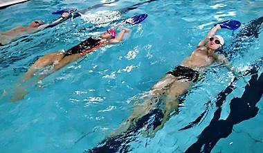 Zapisz się na<br /> naukę pływania