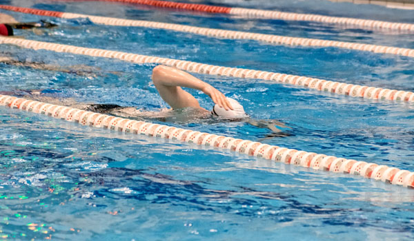 Treningi pływania dla mlodziezy i doroslych